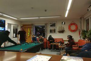 """Dein Freiwilligenjahr in Brake: Als Bufdi oder FSJ-ler im ökumenischen Seemannsclub """"Pier One"""" Seeleuten aus aller Welt ein Stück Heimat bieten"""